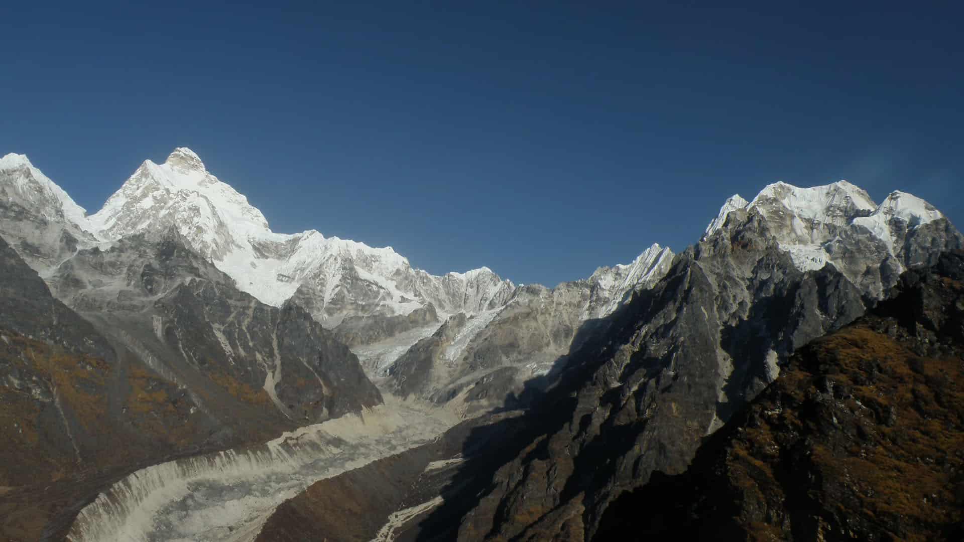 Kanchenjunga & Makalu Region